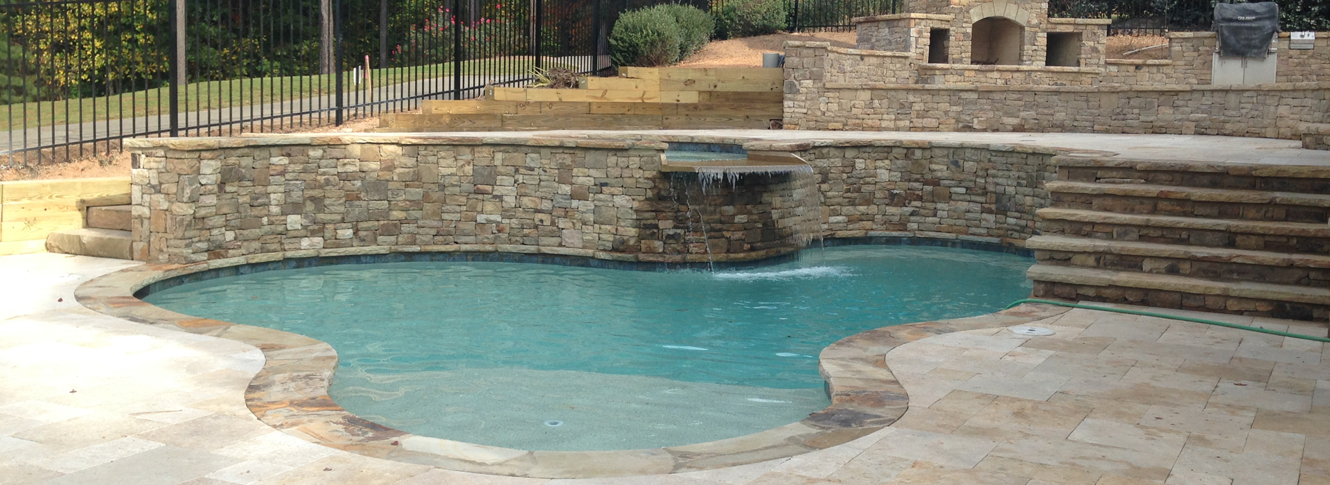 New Pool Design & Construction